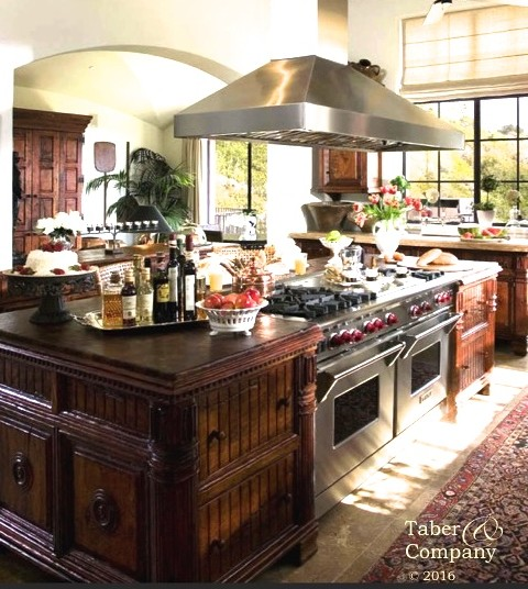 Custom made wood kitchen islands taber companytaber for Santa barbara kitchens